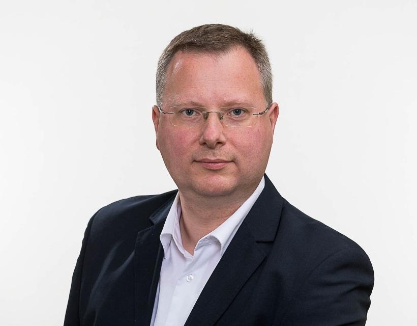 Dipl.-Wirtsch.infor. (FH) Peter  Bernhardt